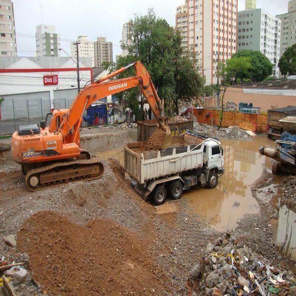 Demolição de construção