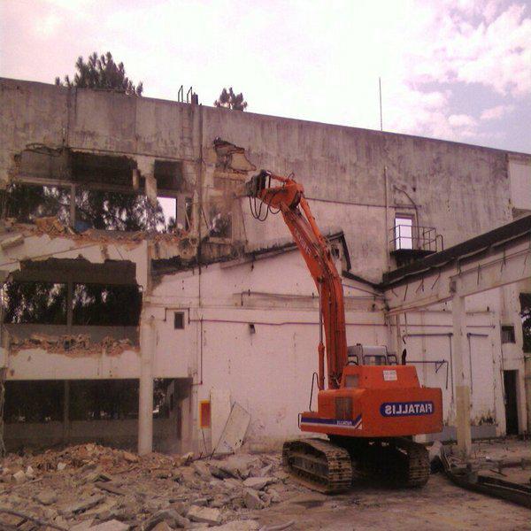 Demolição riscos