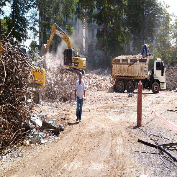 Empresa de demolição industrial