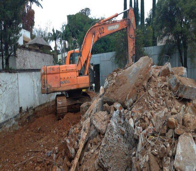 Obra de demolição
